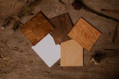 zasuwka-do-pudelek-drewnianych