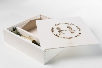 wood box photography white 10x15 with USB