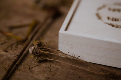 wood box photography white 10x15