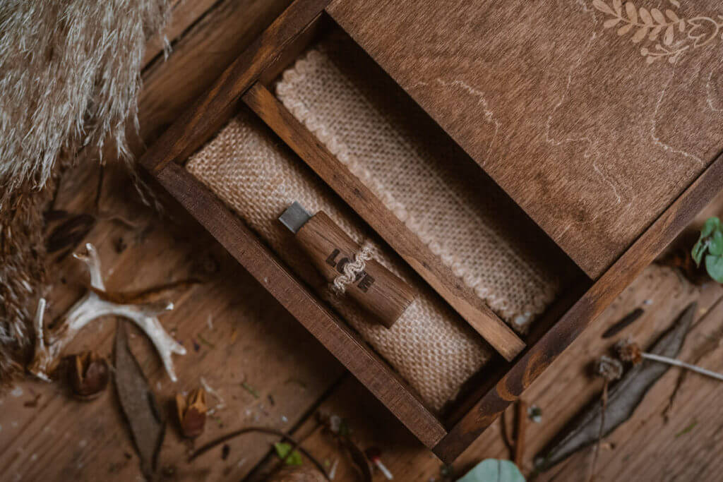 wooden box photography packaging