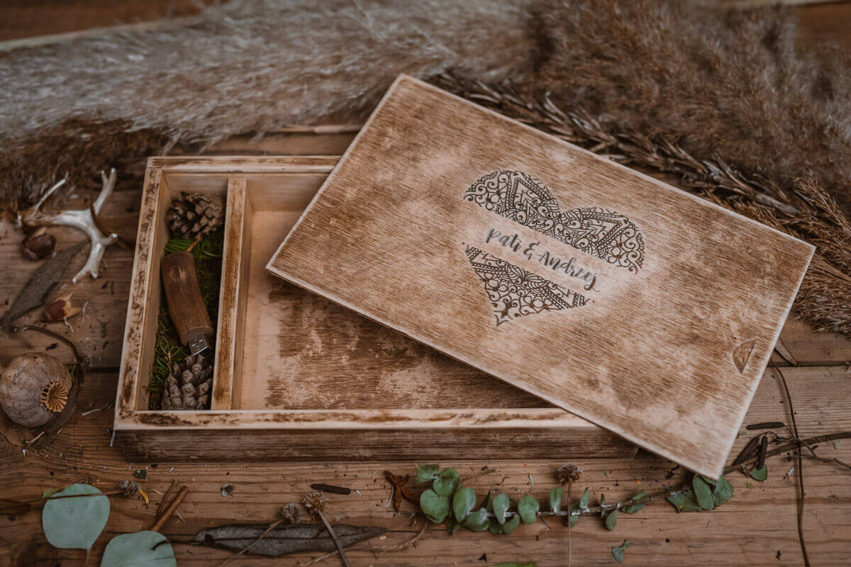box wedding gift